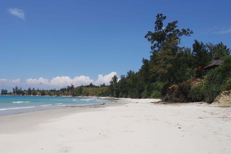 Hibiscus_beach_Clifftop_6