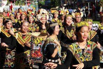gawai-dayak-women-©SRT